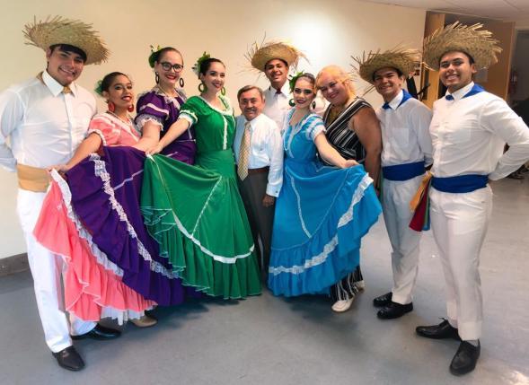 Odilkio y el Cuerpo de Baile Arecibo Trios y Boleros