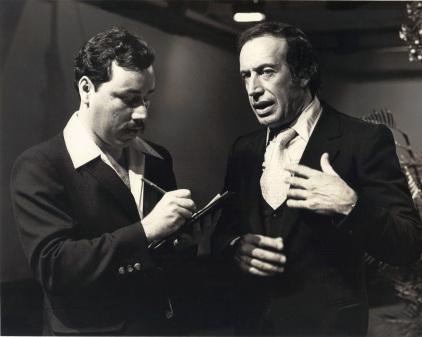 CON ROBERTO YANÉS (1980).