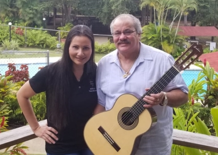 Iris Yolanda y William (Gullín) Rodríguez Tríos y Boleros