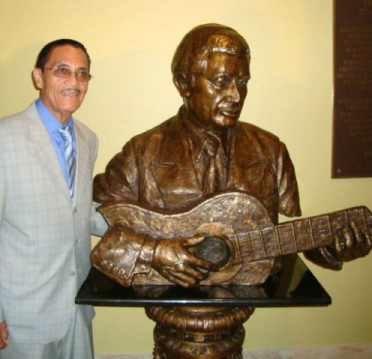 Tommy Figueroa